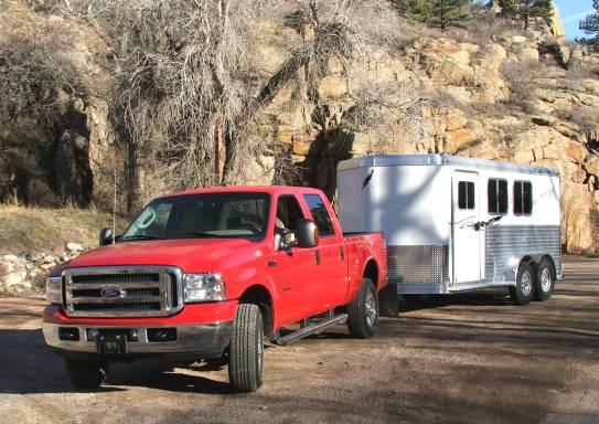 2005 ford f350 towing featherlite horse trailer. Black Bedroom Furniture Sets. Home Design Ideas