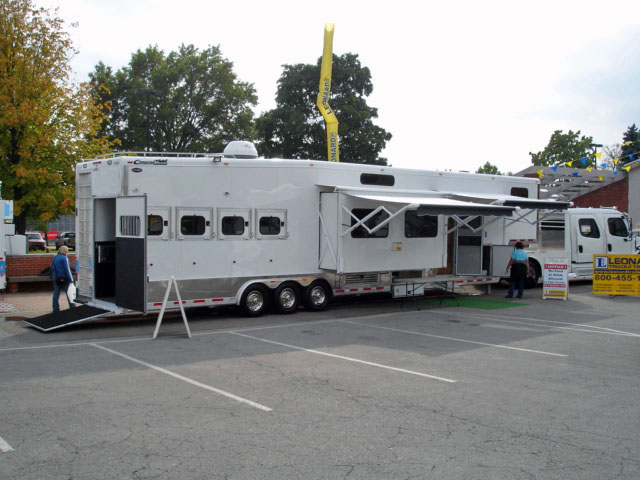 truck and suv reviews horse trailer articles horse
